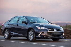أسعار ومواصفات سيارة تويوتا كامري 2017