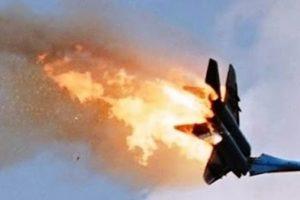 سقوط طائرة تركية على قرية فى قرغيرستان يؤدي إلى وفاة 20 شخص منهم 6 أطفال و هدم 15 منزل بالقرية.