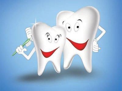 طريقه تبيض الاسنان ليحصل علي ابتسامة رائعه